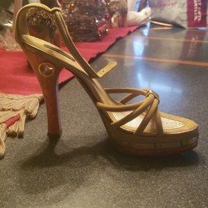 Louis Vuitton strap pump sandle Sz 40